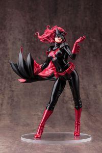 Фигурка DC UNIVERSE: Batwoman