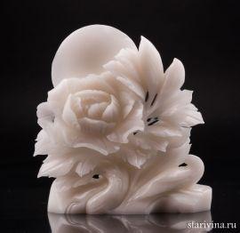Пион и птица, резной камень, Китай