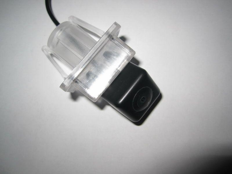 Камеры заднего вида для Mercedes-Benz C300