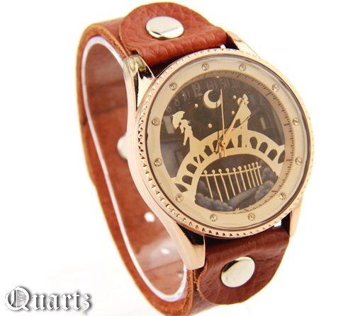 Часы наручные с цирконами