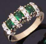 Позолоченное кольцо с изумрудами и искусственными бриллиантами