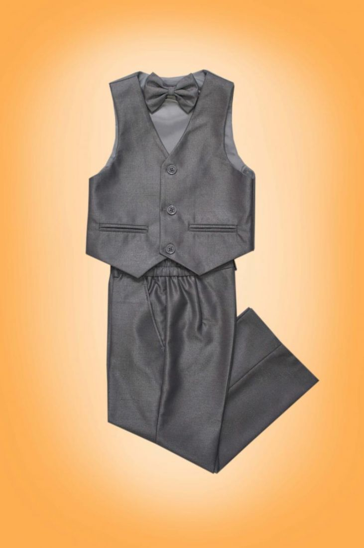 Серый костюм для мальчика