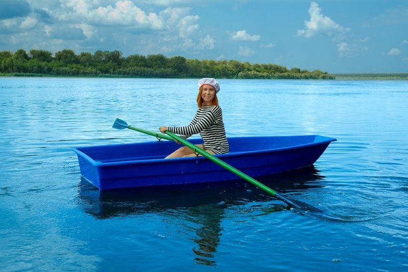 Лодка стеклопластиковая Малютка