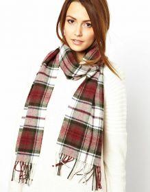 шарф 100% шерсть ягнёнка , расцветка клан Макдуф, Dress MacDuff ,плотность 6