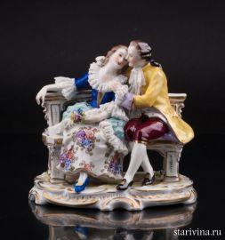 Пара на скамейке с кружевами, Volkstedt, Германия, сер. 20 в., артикул 01513