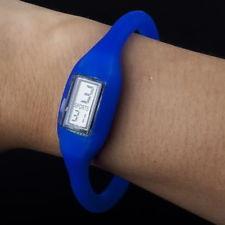 Силиконовые спортивные водонепроницаемые часы