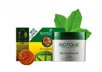 Крем для лица и тела Биотик Сандал SPF 50 (Biotique Bio SandalWood Sun Cream)