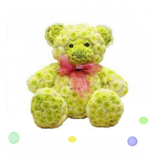 Медвежонок из свежих цветов