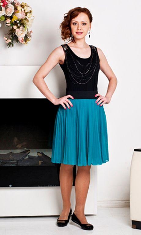 Короткая плиссированная юбка