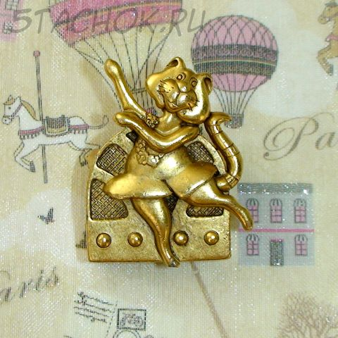 "Брошь ""Киса-танцовщица"" под античное золото"
