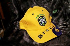 Кепка бейсболка футбольная Бразилия