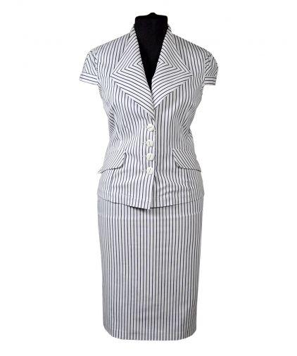 Летний деловой костюм с юбкой в полоску