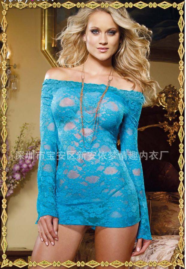 Сексуальная кружевная сорочка голубого цвета