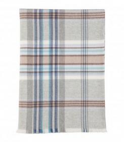 """легкий мериносовый плед из Шотландии, Коллекция """" Летний Сад"""" , расцветка Ирис , Blue Country Garden Merino, плотность 4"""