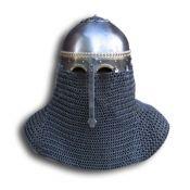 Шлем из Вавельского дворца-музей в Кракове.