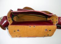 BUFALO U02 RED красная кожаная наплечная сумка