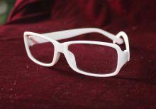 Очки без диоптрий белые