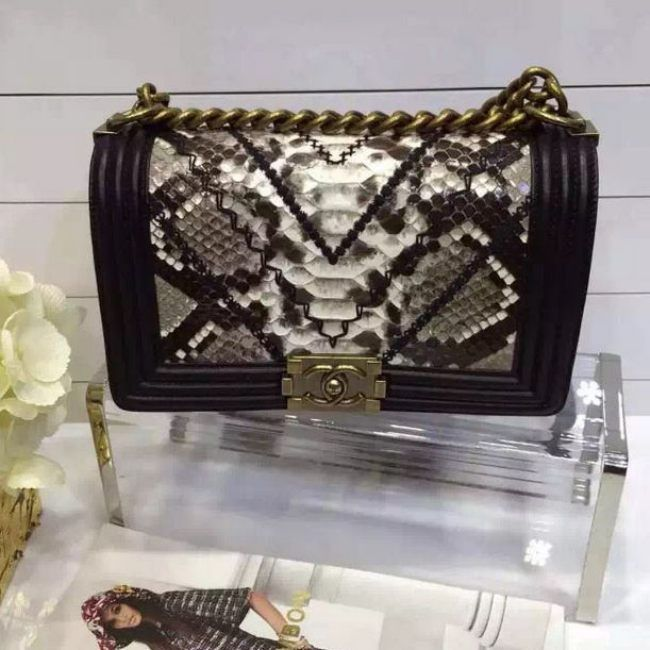 Chanel Boy Flap Shoulder Bag 25 cm