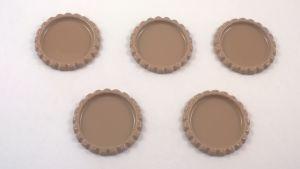 Крышка. Материал - металл. Внутренний диаметр 25 мм, наружный - 31 мм, цвет №40 темно-коричневый. (1 уп. = 24 шт)