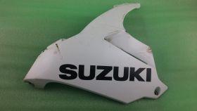боковой пластик: левая нижняя часть (левая половина плуга)  Suzuki  GSXR600