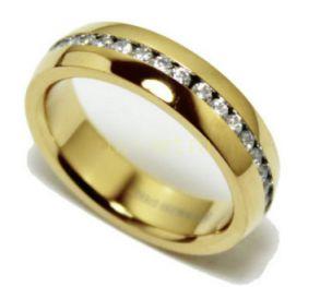 Позолоченное кольцо с искусственными бриллиантами