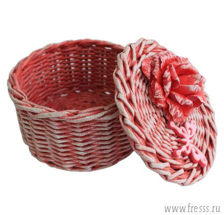 Плетеная шкатулка, красная
