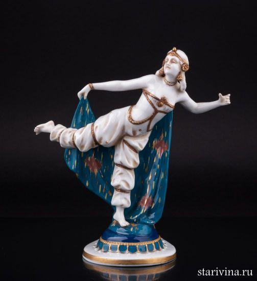 Антикварная Фарфоровая статуэтка Восточная танцовщица производства E & A Muller, Германия, нач. 20 в.