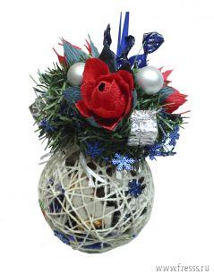 """Елочный шар-сюрприз с конфетами """"Аленький цветочек"""" ручная работа."""