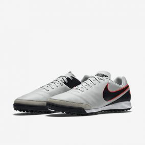 Шиповки NIKE TIEMPO GENIO II LEATHER TF 819216-001