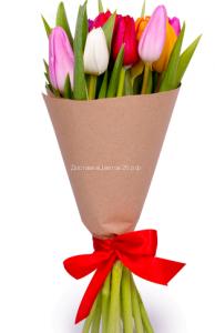 Букет из свежих тюльпанов
