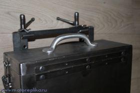 Ящик нем. с литой ручкой
