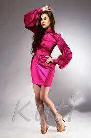 Ярко-розовое коктейльное платье с длинными рукавами