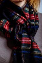 клетчатый кашемировый тёплый шарф (100% драгоценный кашемир) , расцветка Королевский клан Стюартов (черный вариант)  Stewart Black tartan, плотность 7