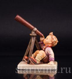 Мальчик с подзорной трубой, Goebel, Германия
