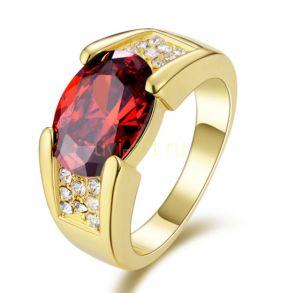 Позолоченный перстень с искусственным рубином и бриллиантами (арт. 900552)