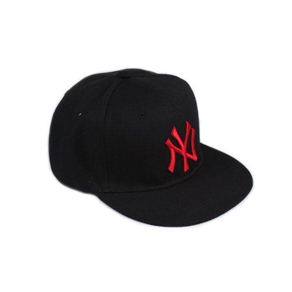 Кепка New York Yankees, красная эмблема
