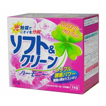 Японский стиральный порошок с кондиционером, фотокатализаторами и ферментами Mitsuei Soft and Clean Harmony 1кг