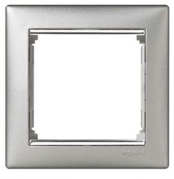 Рамка Valena алюминий/серебряный штрих 770351