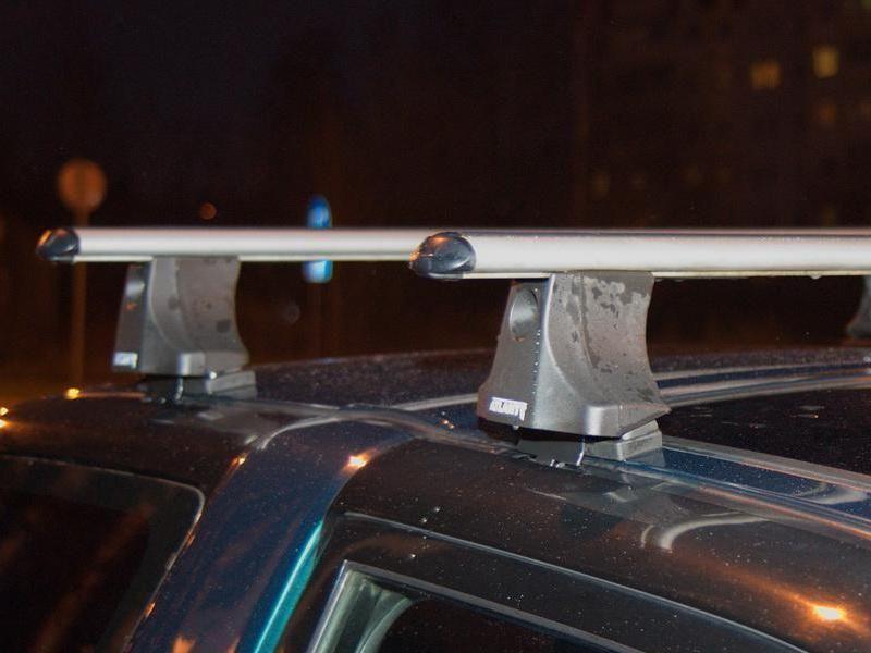 Багажник на крышу Toyota RAV4 1994-2000, Атлант, аэродинамические дуги