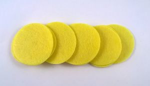 Фетровый пяточек 30мм, 1уп = 200шт, цвет: светло-желтый