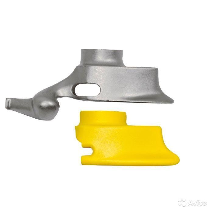 Пластиковая защитная накладка в монтажную головку