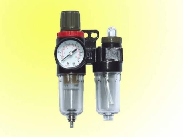 Блок подготовки воздуха мини (фильтр + регулятор + маслодобавитель)1/4' (0-10bar)