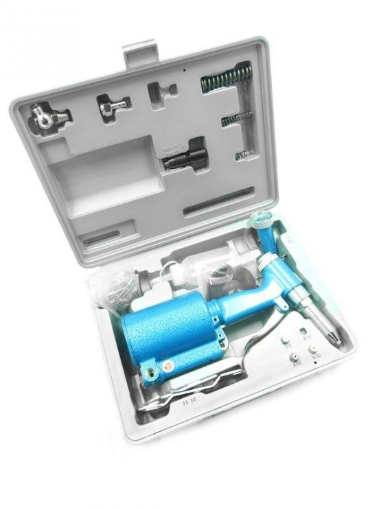 Пневмогидравлический заклепочник (усилие 880кг,заклепка 2.4,3.2,4.0,4.8,6.4) в кейсе