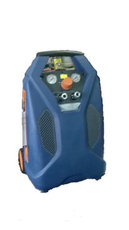Компрессор безмасляный (6л, 1,1кВт, 8бар, производительность 115л/мин, 220В)