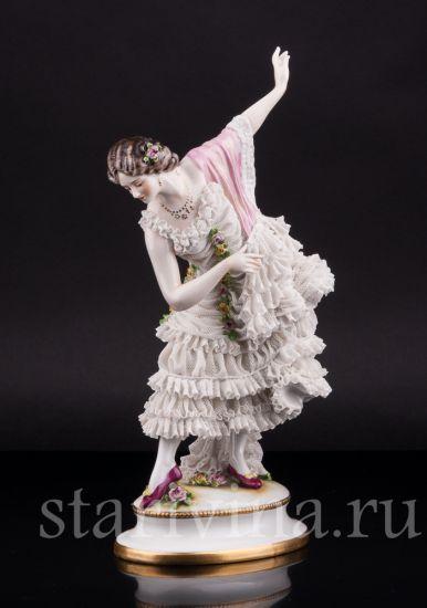 Изображение Танцовщица с розовой шалью, кружевная, Volkstedt, Германия, до 1935 г