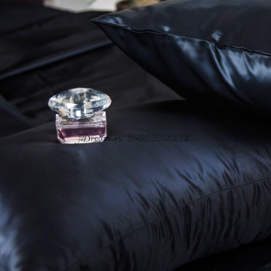 Шелковое постельное белье Черная Орхидея