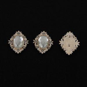 `Кабошон со стразой, овал, цвет основы - золото, стразы - прозрачный, 34х28 мм