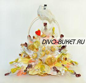 """Свадебный букет из конфет с голубями №636 """"Союз двух сердец"""""""