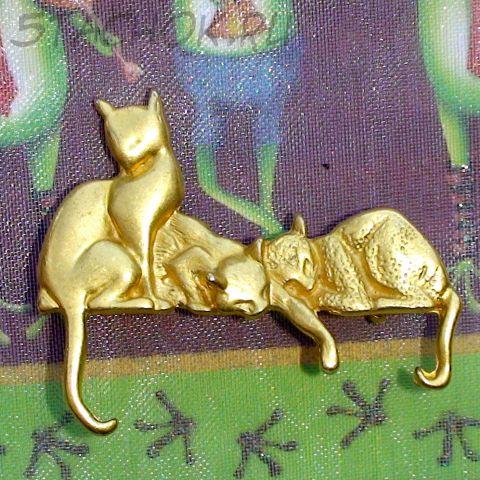 """Брошь """"Три кошки"""" под золото"""