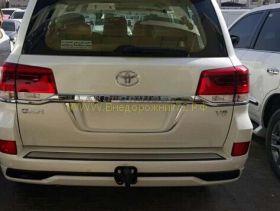 Накладка под номер (Тип 3) для Toyota Land Cruiser 200